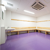 CHANGING ROOM/SHOWER ROOM