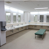 CHANGING ROOM / SHOWER ROOM (NORTH)
